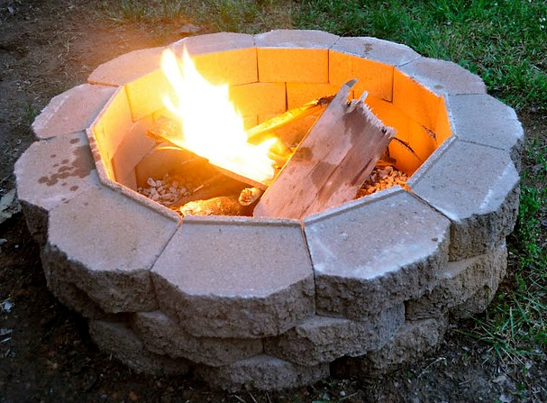Easy DIY Fire Pit in 5 minutes