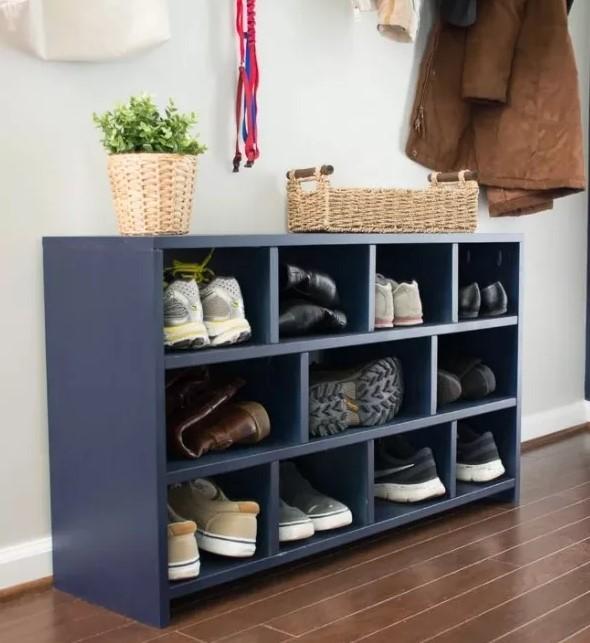 shoe rack to avoid humidity