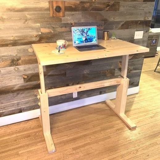 Adjustable DIY Desk