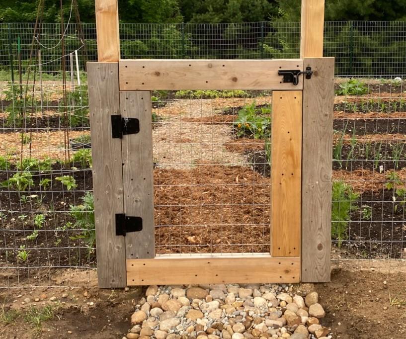 DIY Garden Fence 3