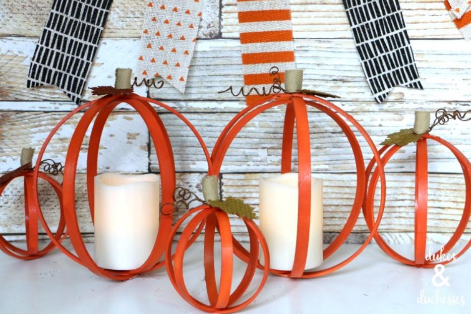 DIY Upcycled Embroidery Hoop Pumpkins