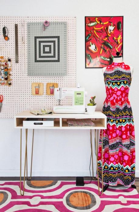 EMMAS SUPER EASY DIY SEWING DESK