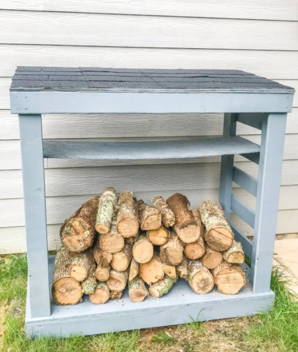 Easy DIY Firewood Rack With Roof