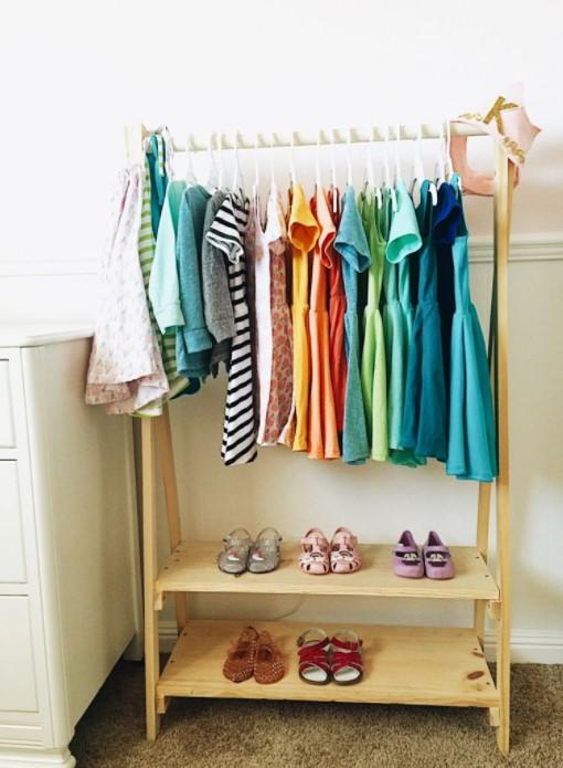 Kids Wood Clothing Rack