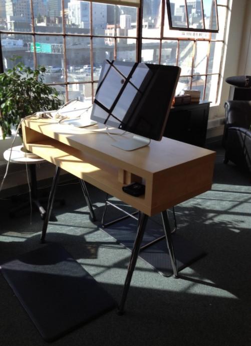 Simple Adjustable Standing Desk