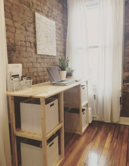 Standing Parson Tower Desk