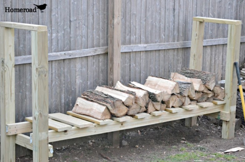 a DIY Log Holder