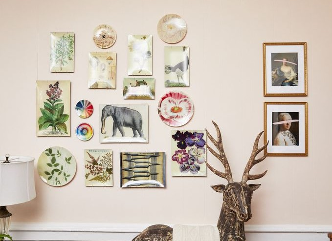 a Hanging Plate Wall 1