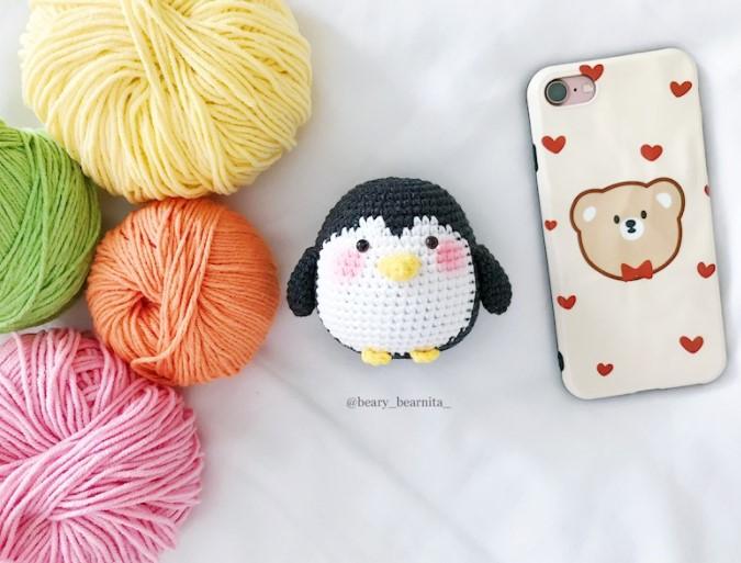 Baby penguin free crochet pattern