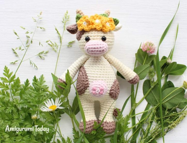 Crochet Cuddle me cow