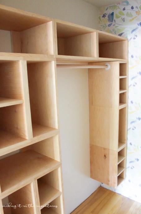 DIY Custom Closet Organizer