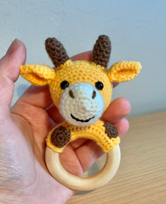 Giraffe Teething Ring Rattle