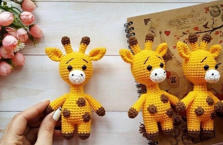Little giraffe free amigurumi pattern