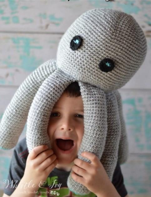 Plush Crochet Octopus – Free Crochet Pattern