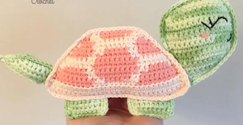 Tilly the Tortoise Free Crochet Pattern