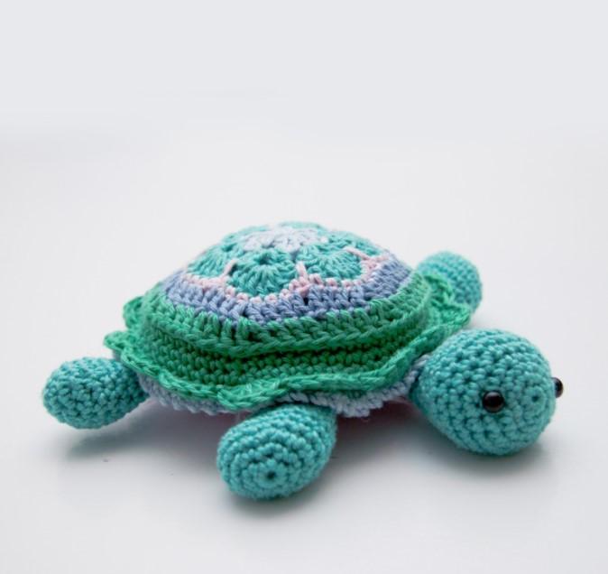 Tina Turtle – African Flower Turtle Pincushion Pattern