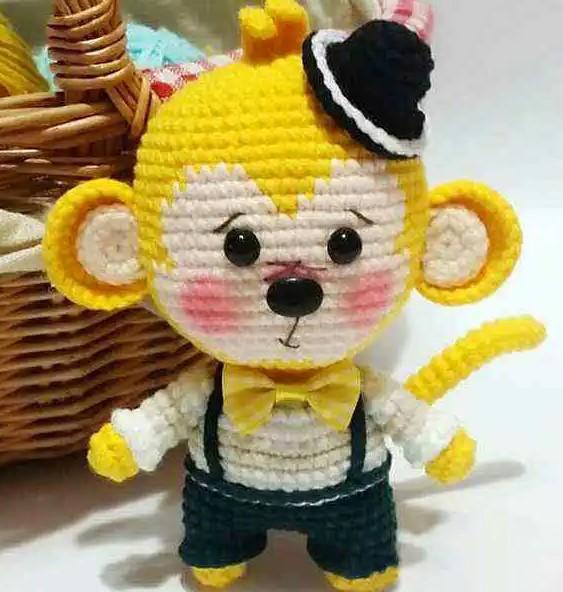 Amigurumi little monkey