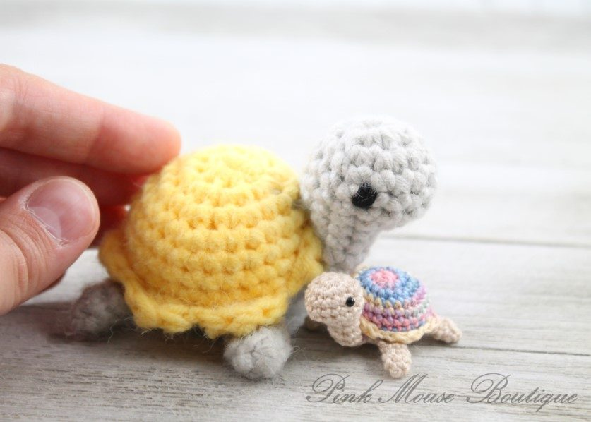 Cute Turtle Family Amigurumi by Pink Mouse Boutique