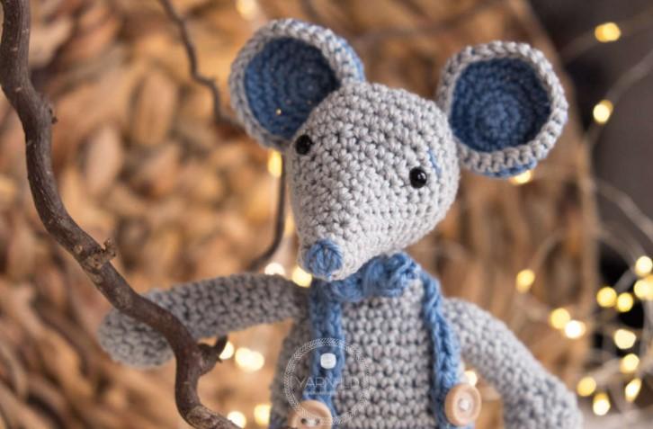 Malvin Amigurumi Mouse